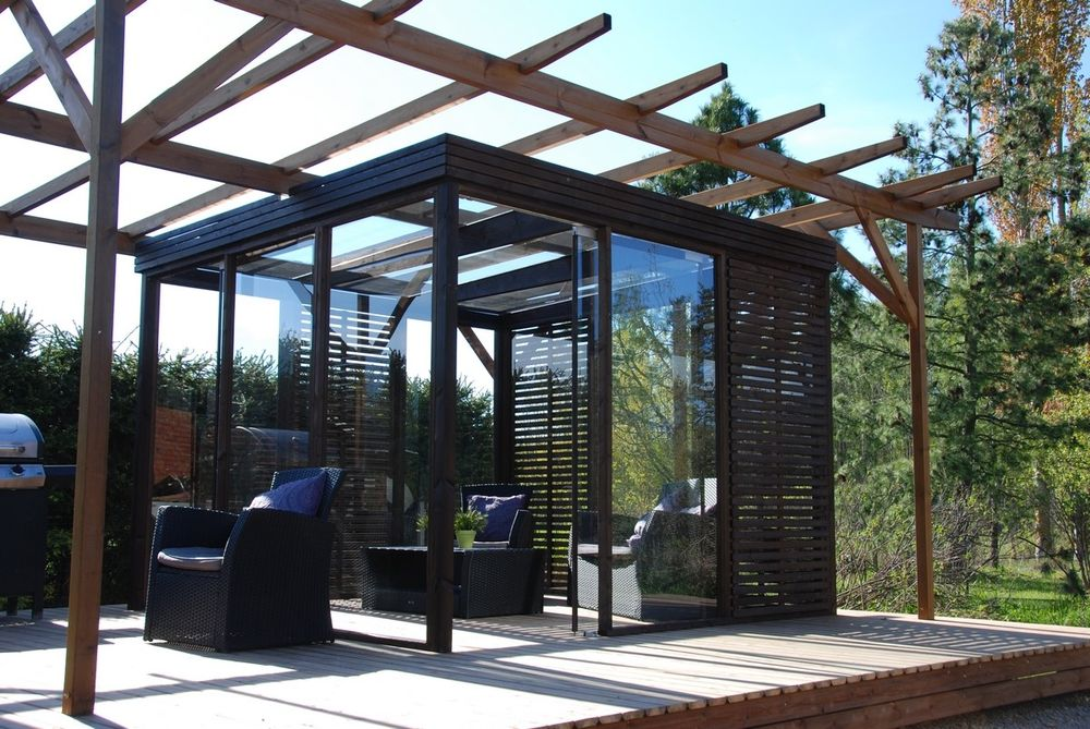 Glass cube for the terrace